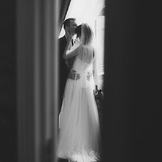 Wedding photographer Igor Bukhtiyarov (Buhtiyarov). Photo of 04.10.2015