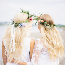 Wedding photographer Ekaterina Kolomarova (katesalat). Photo of 10.10.2017