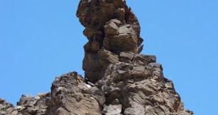 El Peñón de la Encantá se encuentra en un lugar privilegiado, en el Parque Nacional de Sierra Nevada.