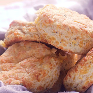 Cheddar Thyme Biscuit