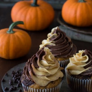 Pumpkin Chocolate Cupcakes