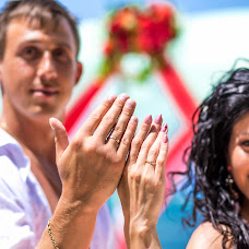 Wedding photographer Aleksandr Kuzmin (alexandrkuzmin). Photo of 31.08.2015