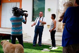 Photo: Gravando matéria sobre proteção animal para o Programa Ponto de Equilíbrio, TV Mundial.