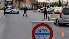 Control policial durante los cierres perimetrales de municipios.