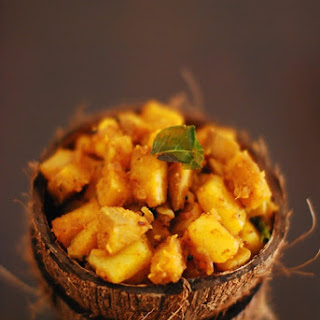 Urulakizhangu and Kaya Mezhukkuperatti (Potato and Raw Banana Roast)