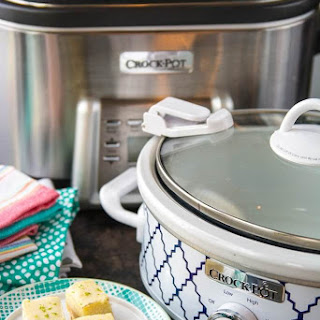 Crock-Pot® Slow Cooker Lime Twist Cheesecake Cookie Bars