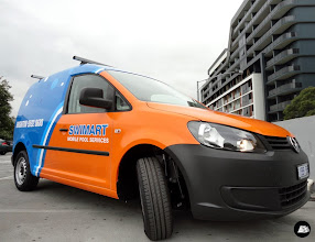 Photo: Swimart Volkswagen Caddy Full Vehicle Wrap | front and side view
