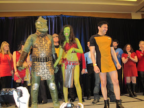 Photo: Gorn, Orion Slave Girl and... Dude looks like a Lady?