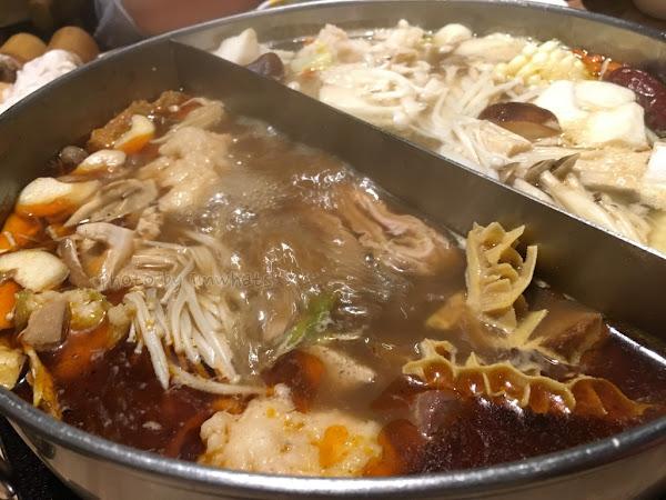 台北•大師兄麻辣鍋物的花枝漿蝦仁漿都不容錯過