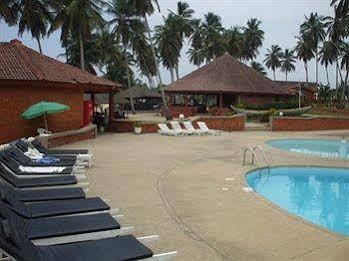 Coconut Grove Beach Resort