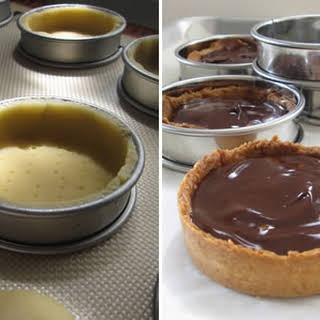 Mommy's Tart (Chocolate Caramel Macadamia Tart).