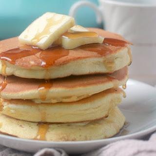 Souffle Pancakes (Pancakes without Baking Powder).