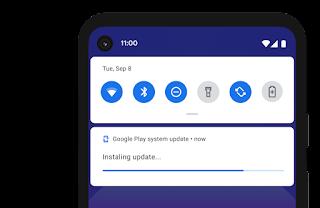 Android 裝置正在安裝 Google Play 系統更新。