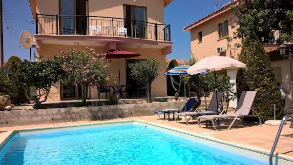 Kapsalia Holiday Villas