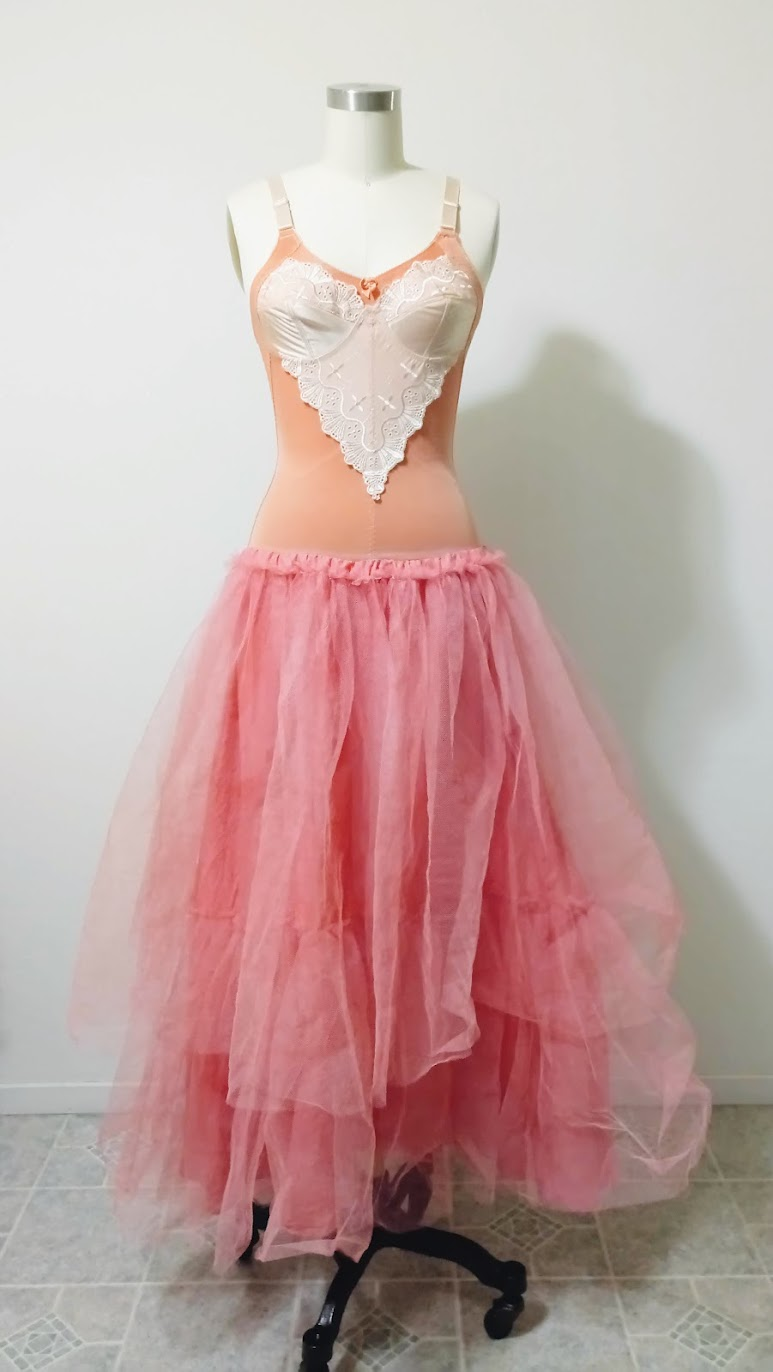 Tulle Skirt Layers In-Progress: Bubblegum Dreaming Cage Dress - DIY Fashion Garment   fafafoom.com