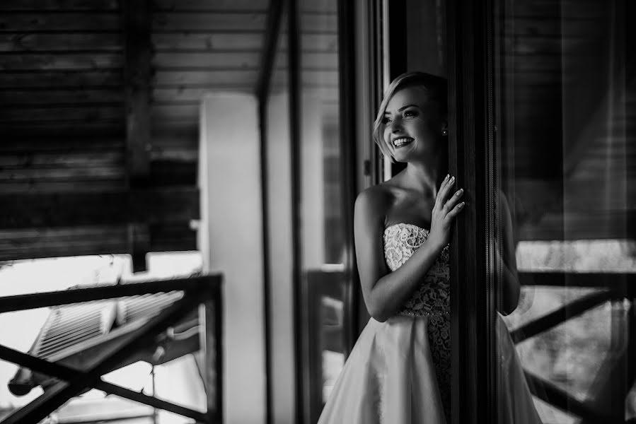 Wedding photographer Volodymyr Harasymiv (VHarasymiv). Photo of 23.02.2019