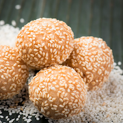 Golden Fried Sesame Balls