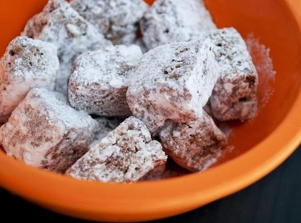 Muddy Buddy Rice Krispy Treats Recipe