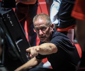 Eddy Casteels na wedstrijd in de clinch met coach van tegenstander
