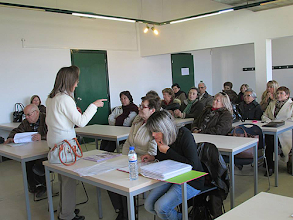 Photo: Professora Isabel Sá Lopes na sala de aula