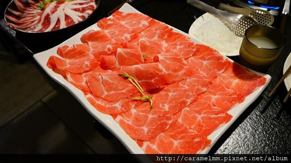 【台北松山】肉多多火鍋 嗜肉者的天堂 全店肉品原肉呈現 非重組肉 健康店/小巨蛋捷運站