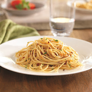 Spaghettini with Garlic, Red Pepper & Extra Virgin Olive Oil