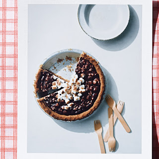 Toasted S'mores Pie