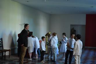 Photo: Préparation des enfants dans la Salle Ozanam