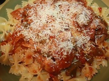 Crockpot Chicken Cacciatore W/ Pinot Noir Tomato Sauce Over Farfalle Pasta Recipe