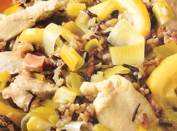 Garlicky Chicken & Rice Recipe