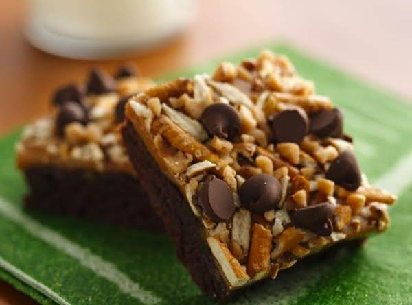 Caramel Pretzel Crunch Brownies Recipe