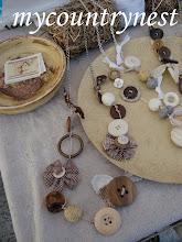 Photo: collane legno e fiori stoffa