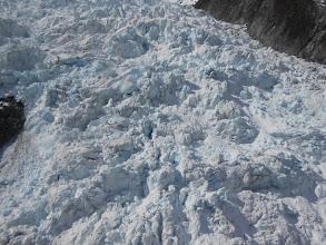 Photo: Véase el hielo azul del glaciar
