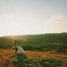 Wedding photographer Anastasiya Petropavlovskaya (panni). Photo of 05.04.2015