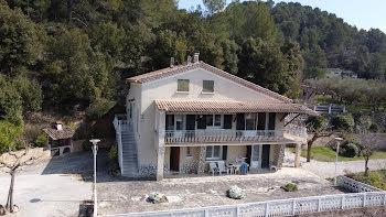 maison à Barjols (83)