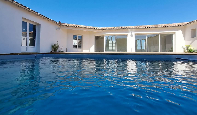 Propriété avec piscine et jardin Rivedoux-Plage