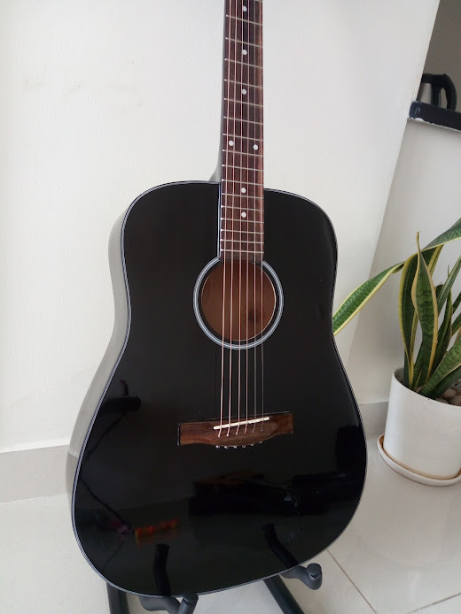 Acoustic guitar DVE85D màu đen 1