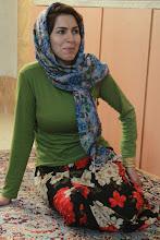 Photo: Mus Esfehane vaišinusi ir priglaudusi moteris.   Our wonderful unplanned host in Esfehan.