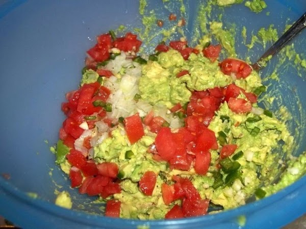 Add remainder of ingredients, including other 1/4 of lime - mix, until well combined....