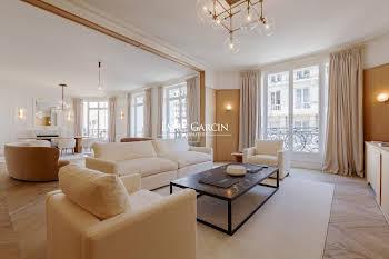 Appartement 5 pièces 252,02 m2