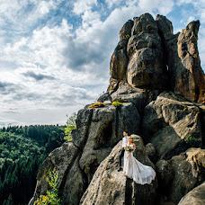 Wedding photographer Pavel Gomzyakov (Pavelgo). Photo of 25.11.2017