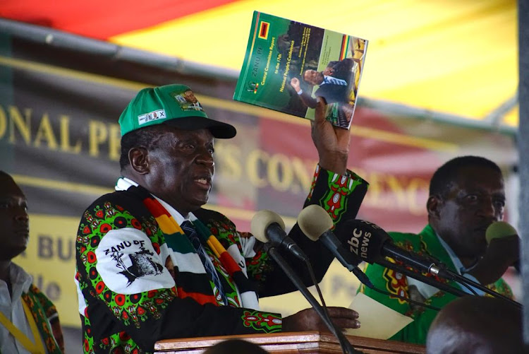 Emmerson Mnangagwa issues threat to Zimbabwe's doctors and lawyers