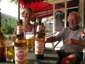 Photo: Toch een dorstig land, Roemenië. Gelukkig hebben ze er halve liters.