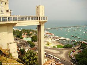 Photo: #009-Salvador de Bahia. l'Ascenseur Larceda devant la baie de tous les Saints.