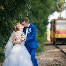 Wedding photographer Evgeniy Semenov (SemenovSV). Photo of 09.08.2017