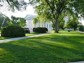 Photo: Entering the White House grounds for the photowalk tour