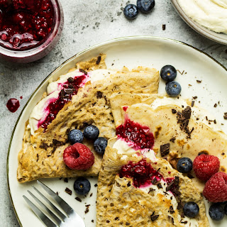 Vegan Crêpes With Vanilla Cream and Berries.