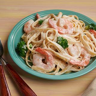 Creamy Shrimp and Broccoli Fettuccine