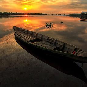 by Ar Yudha Pahrolrozy - Transportation Boats