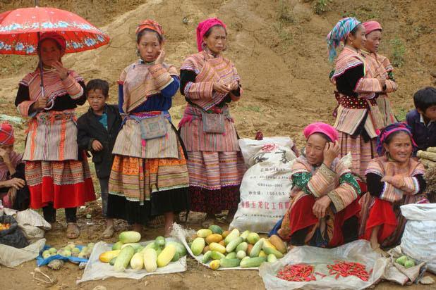 Le marché de Muong Khuong